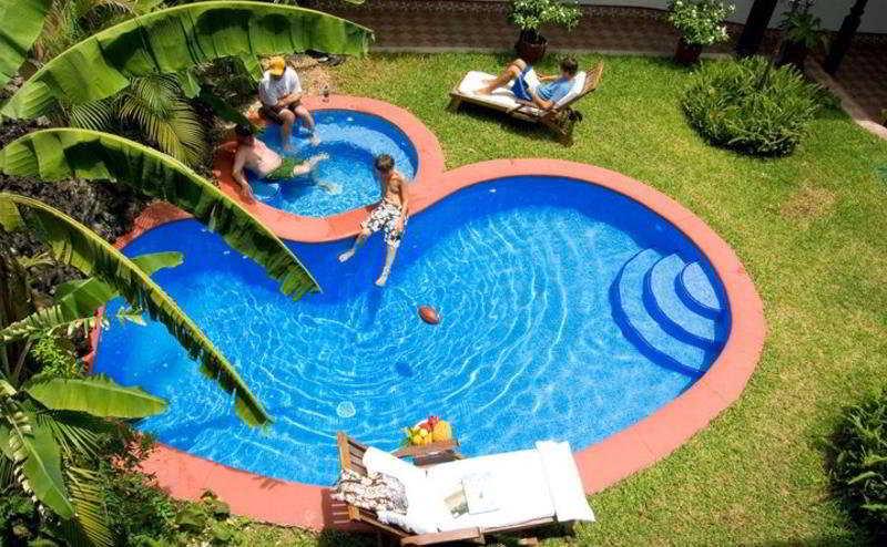 Dario - Pool