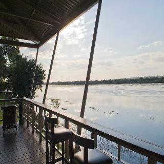Protea Hotel Zambezi River Lodge - Terrasse