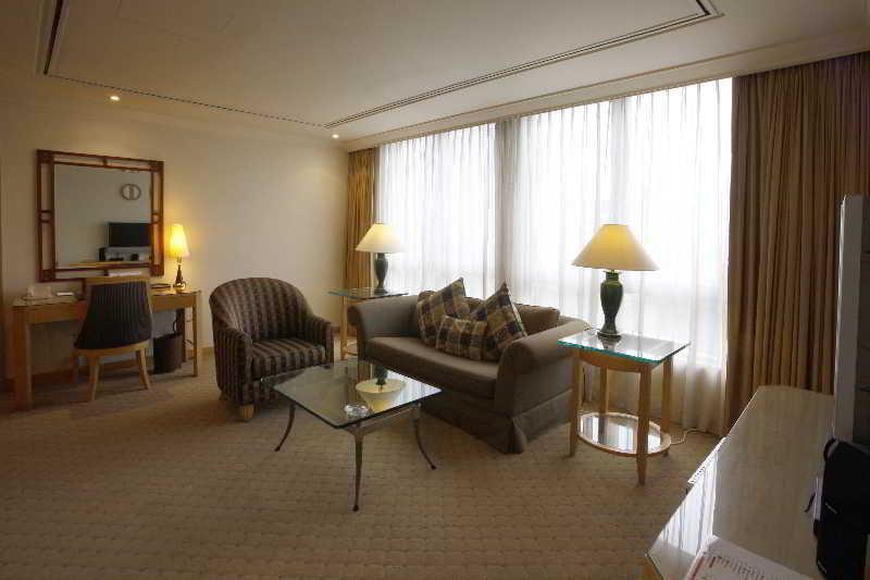 Lanson Place Winsland Residences - Zimmer