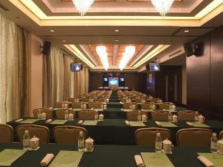 Kunshan Newport, 505 North Bailu Road, Yushan…