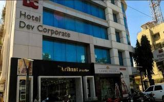 Dev Corporate Hotel, Opp. Bawarchirestaurant,…