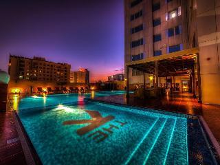 The K Hotel - Pool