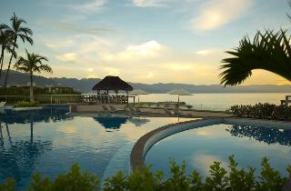 Sunset Plaza Beach Resort & Spa - Strand