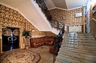 Royal Hotel De Paris, Chervonoarmiiska St 5/7,