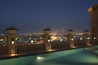 Sheraton Dubai Mall of the Emirates Hotel - Pool