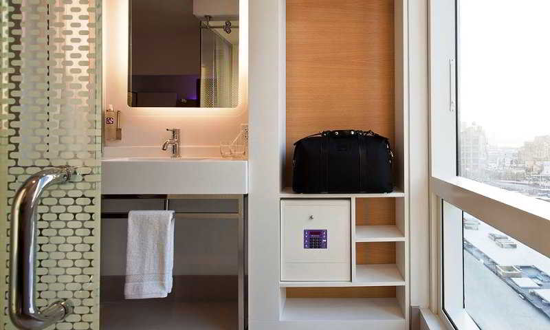 New York Hotels:Yotel New York at Times Square