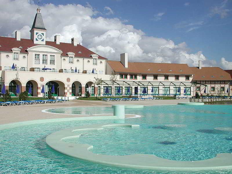 Marriot's Village D'Ille de France