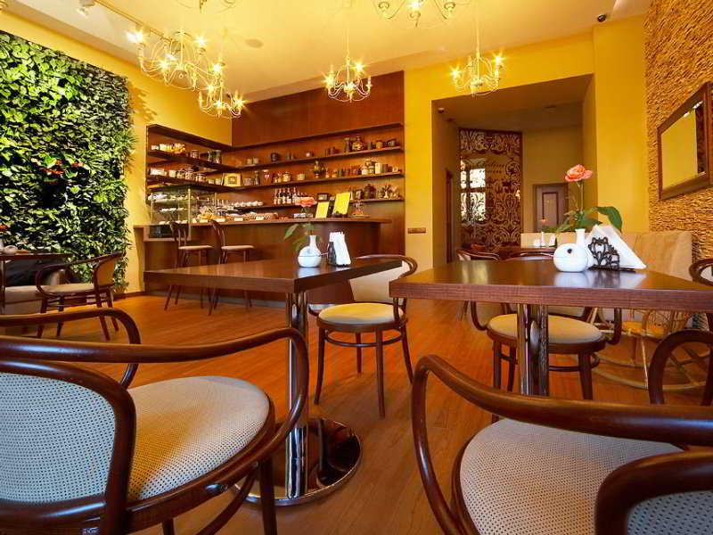 Garden Palace - Bar