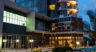 Radisson Blu Hotel &…, Avd Marginal Parcela , Zona…