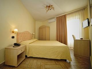 Barbato Hotel