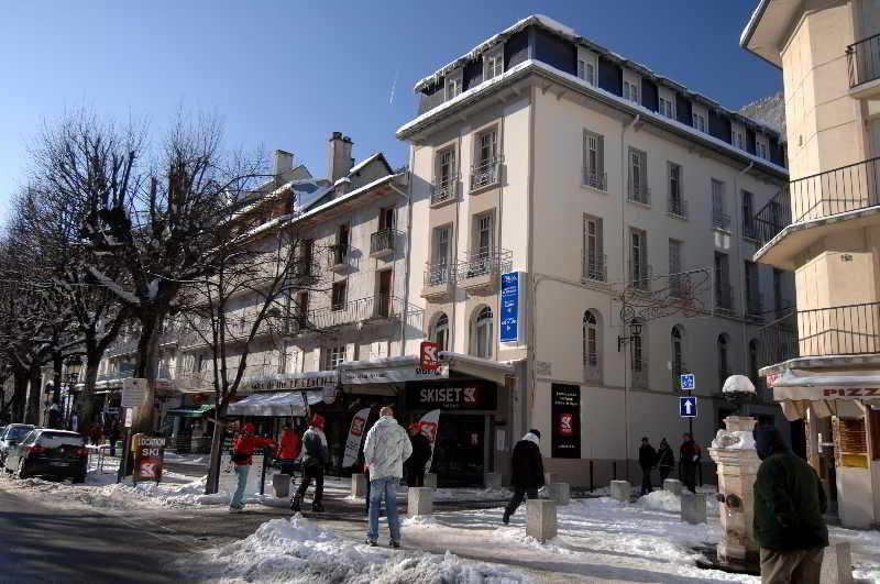 Val De Jade, Avenue Victor Hugo,
