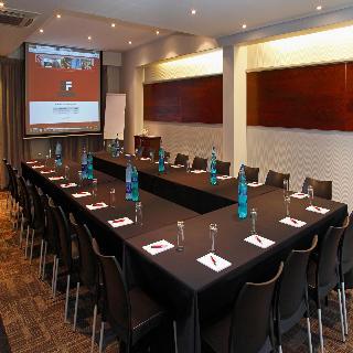 The Rockwell Luxury Suites - Konferenz