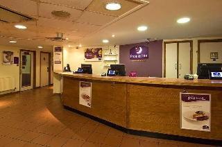 Premier Inn London Gatwick…, Longbridge Way,