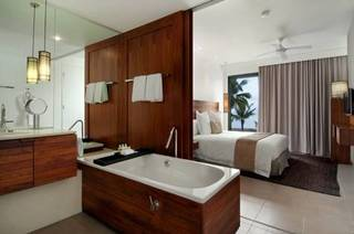 Fiji Beach Resort and Spa by Hilton