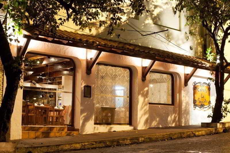 Excelsior Inn, Manduriva Esq. Alberdi,