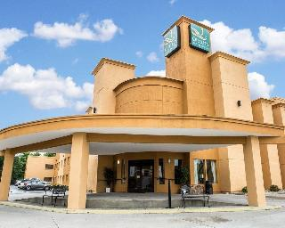 Quality Inn & Suites, North Cedar Bluff Road,317
