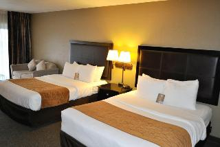 Comfort Inn & Suites, 136 Ne Highway 101,