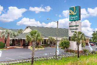 Quality Inn & Suites, 210 Church Street,