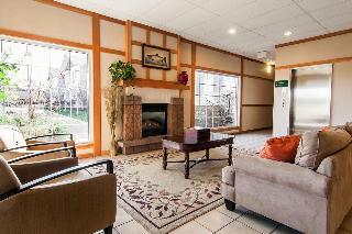 Comfort Inn & Suites, 62065 Se 27th Street,