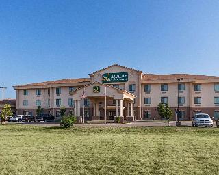 Quality Inn & Suites, 3430 W. Loop 289,