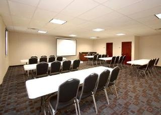 Book Comfort Inn & Suites Amarillo - image 0