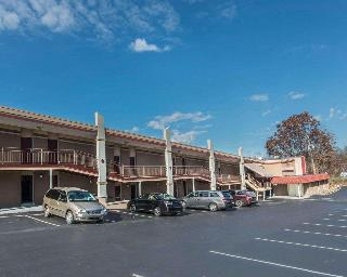 Econo Lodge, South Hermitage Road,2810