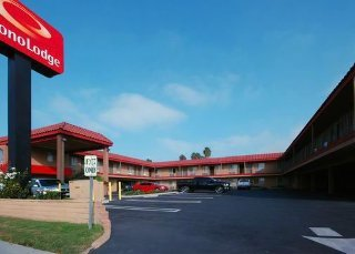 Los Angeles Hotels:Econo Lodge Near Home Depot Center