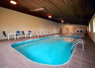 Book Quality Inn Cedar Point South Sandusky - image 1