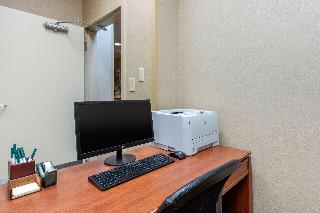 Quality Inn & Suites Benton - Draffenville