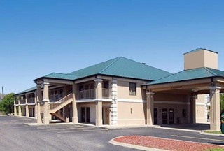 Rodeway Inn and suites, East Christi Drive,1055