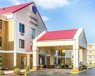 Comfort Suites, 2235 West 173rd St,