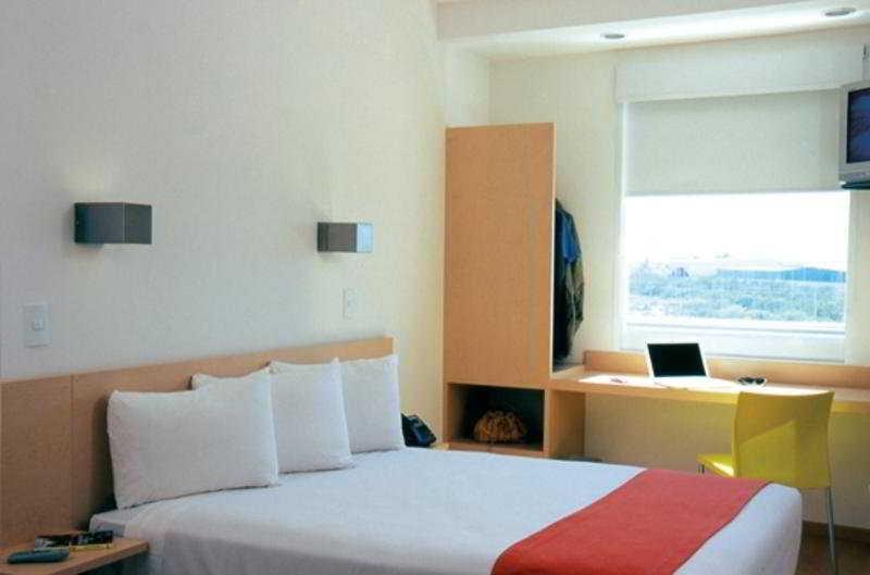 Hotel One Reynosa Valle Alto