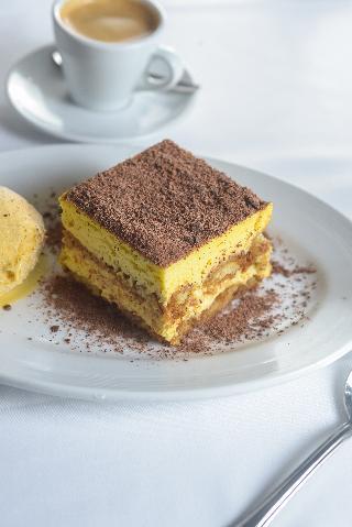 Intersur Recoleta - Restaurant