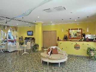 Hotel Miramare, Via Nuova Provinciale Chiunzi,5