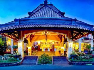 Royal Orchid Garden, Jl. Indragiri 4,4