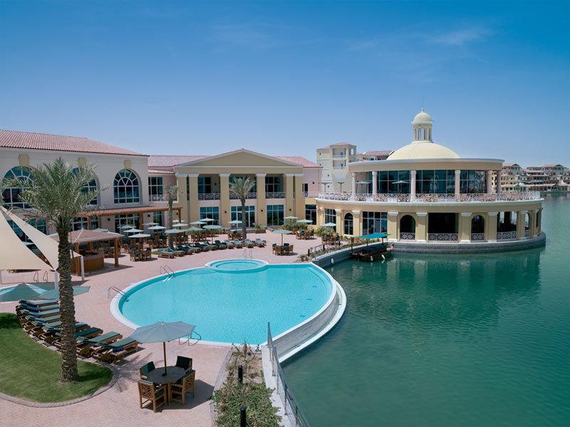Courtyard by Marriott Dubai Green Community - Pool