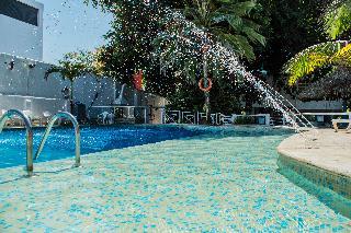 Playa Club - Pool