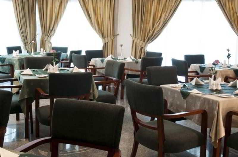 Retaj Residence Al Sadd - Restaurant