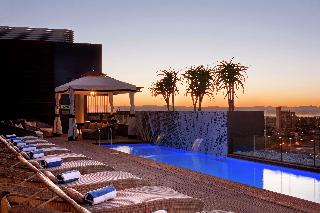 Hilton Windhoek - Pool