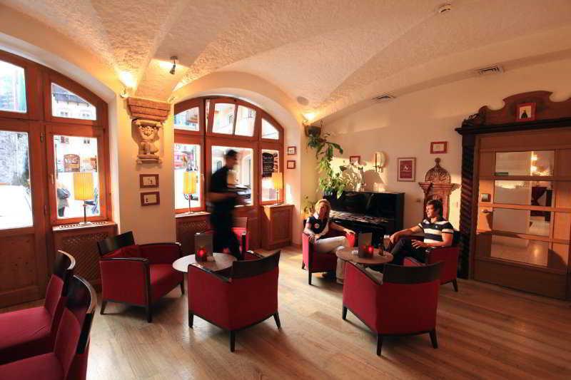 Romantik Hotel Im Weissen Roessl - Bar