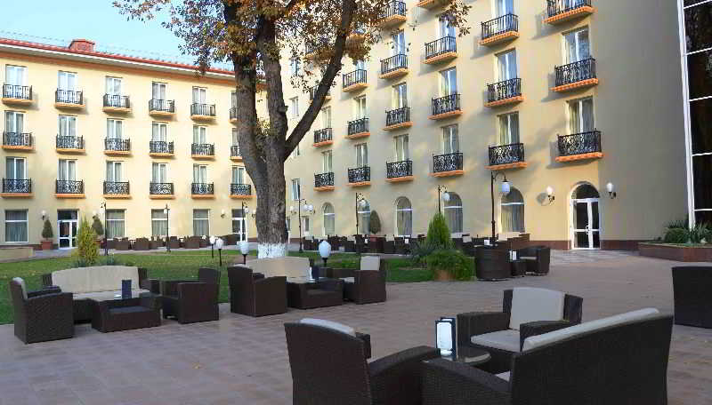 Lotte City Hotel Tashkent…, Buyuk Turon Str.,56