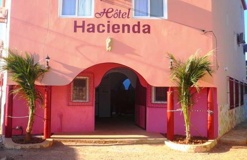 Hotel L'Hacienda, Saly Coulang,