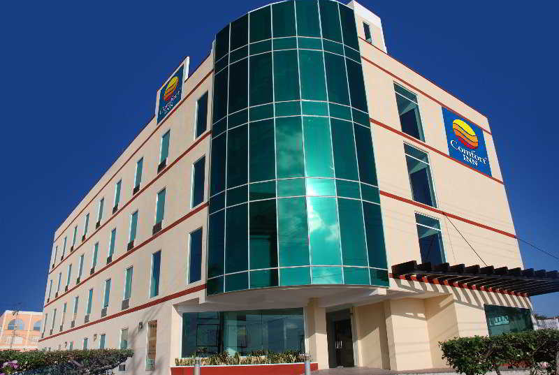 Comfort Inn Cancun Aeropuerto, Carr. Cancun-aeropuerto Mz.…