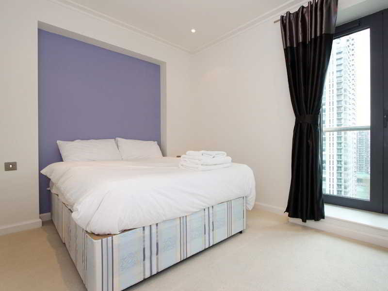 Discovery Dock Serviced Apartments