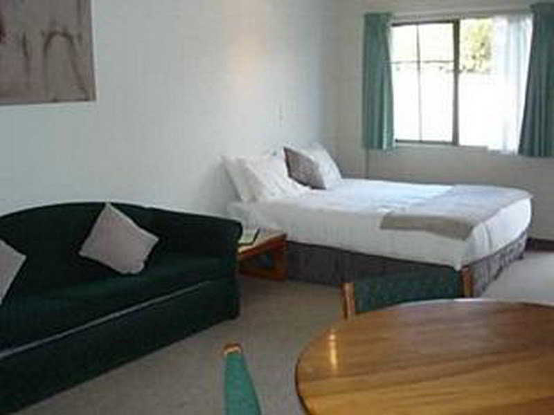 Karaka Tree Motel - Zimmer