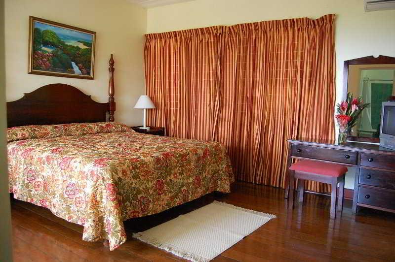 The Inn At Shaw Park Gardens & Waterfalls - Zimmer