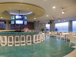 Las Americas Torre Del Mar - Bar