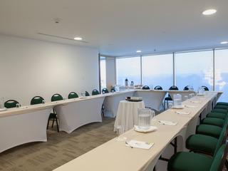 Las Americas Torre Del Mar - Konferenz