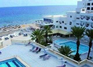 Karawan Beach & Resort…, Av Hedi Chaker,