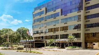 Roosevelt Hotel & Suites, Alvarez Calderón 194,194